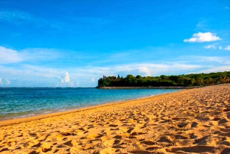 Pantai Geger Bali - 15 Pantai Bagus di Uluwatu Pulau Dewata Bali