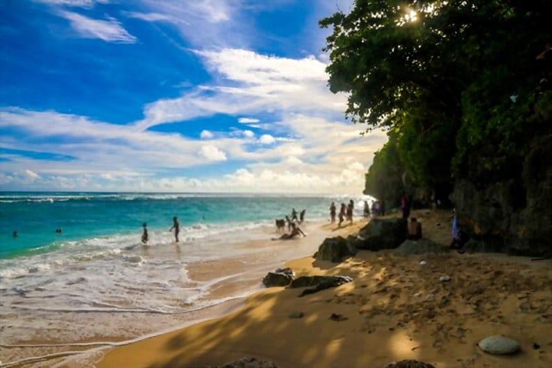 Pantai Green Bowl - 15 Pantai Bagus di Uluwatu Pulau Dewata Bali