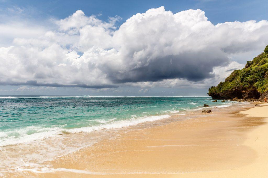 7 Tempat Wisata Bali untuk Honeymoon Romantis dan Berkesan, Motor Bali Rental - Sewa Motor di Ubud