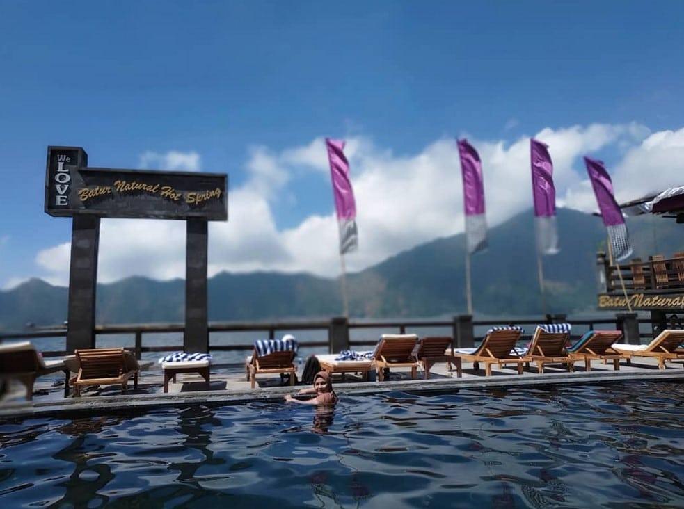 Pemandian Air Panas Toya Bungkah @permatasariarya - 5 Pemandian Air Panas di Bali Dengan Suasana Alami