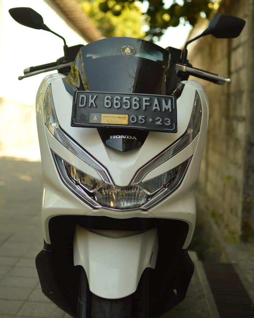 Sewa Motor PCX Bali Kuta 819x1024 - Sewa Motor PCX Bali - Harga Rental Honda PCX Di Bali