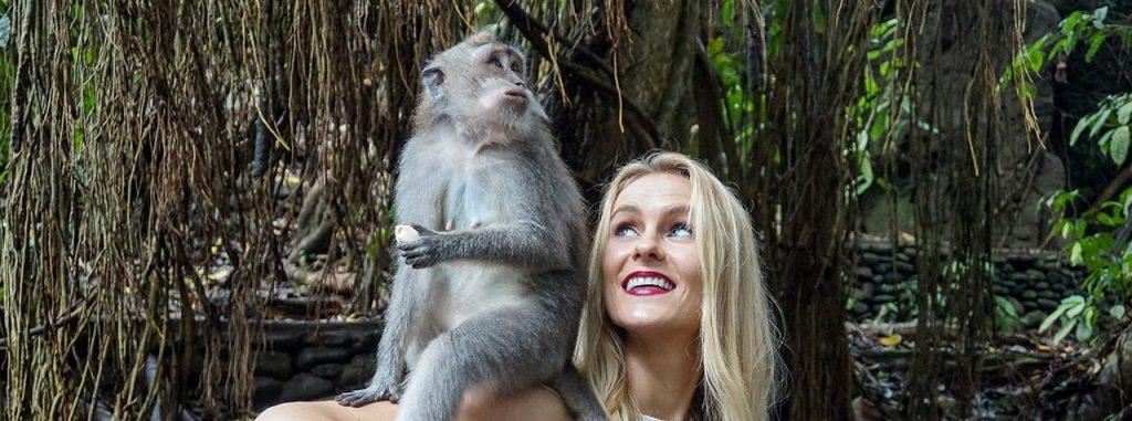Ubud Monkey Forest 1024x381 - Wisata Anti Mainstream Ubud - Tempat Viral di Ubud Bali