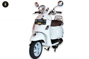 VESPA LXV150 MOTOR BALI 300x200 - Harga Sewa Motor Bali | Daftar Promo Rental Motor Bali