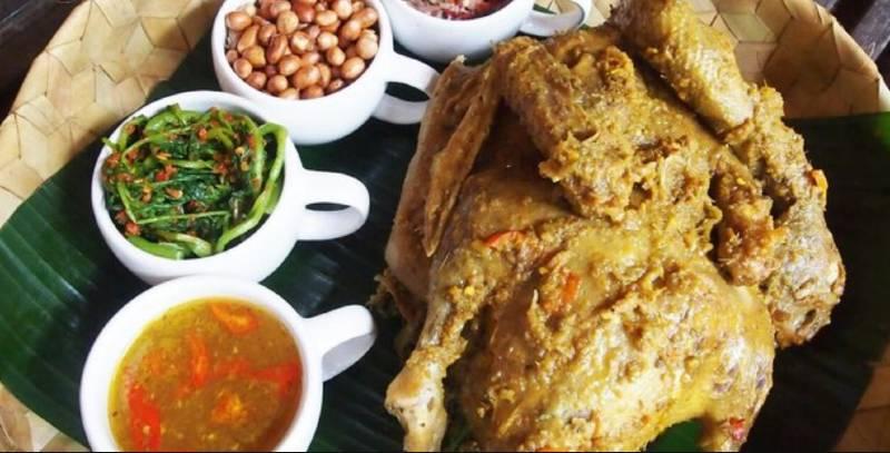ayam betutu bali - 10 Makanan Khas Bali yang Mendunia dan Terkenal | Kuliner Bali Lezat