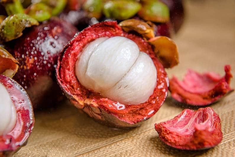 buah manggis Bali - Buah-Buahan Khas Bali Ini Bisa Jadi Oleh Oleh Lho, Apa Saja Jenisnya?