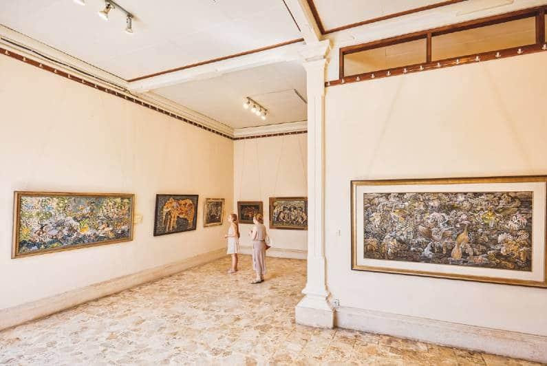 galeri Agung Rai Museum www.wowabouts.com  - 5 Deretan Galeri Lukisan di Pulau Bali yang Wajib Dikunjungi