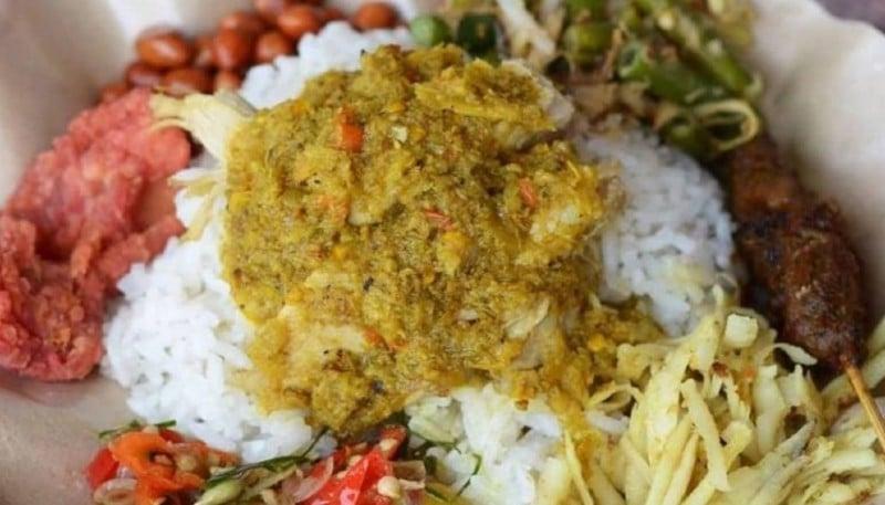 nasi tepeng bali - 10 Makanan Khas Bali yang Mendunia dan Terkenal | Kuliner Bali Lezat
