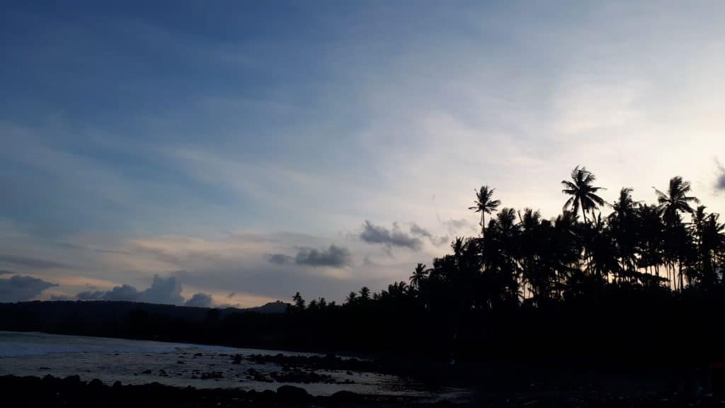 pantai jasri 1 1024x576 - 8 Tempat Wisata Baru Bali Tahun Ini, Yuk Rencanakan Liburan!
