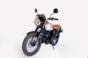 rental motor kawasaki w175 bali 300x200 - Harga Sewa Motor Bali | Daftar Promo Rental Motor Bali