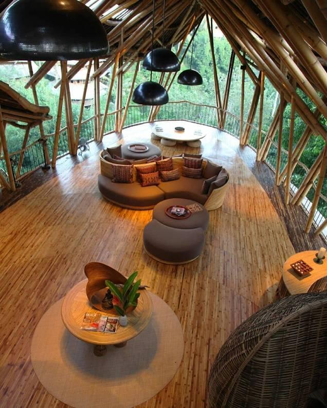 sharma spring bali - Wisata Bali Instagramable, 10 Rekomendasi Yang Mempesona