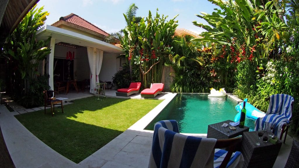 Takut Mahal? Ini Tips Honeymoon Murah di Bali, Motor Bali Rental - Sewa Motor di Ubud