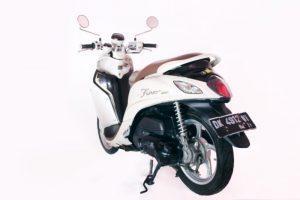 yamaha fino 125cc bali motor rental 300x200 - Harga Sewa Motor Bali | Daftar Promo Rental Motor Bali